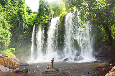 INT-C-FT05 5 Days Cambodia Family Tour with Kulen Mountain