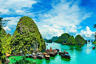 INT-VT-VHT11 11 Days Vietnam Highlights Tour With Luxury Halong Bay Cruise
