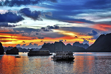 INT-V-HT09 9 Days Vietnam Highlights Tour to Discover Halong Bay