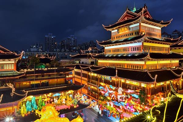 The lantern festival during the Spring festival in Shanghai