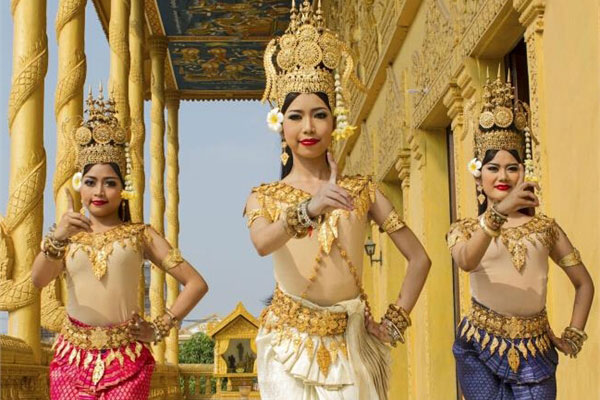 Traditional Cambodian Dance Editorial Stock Image - Image