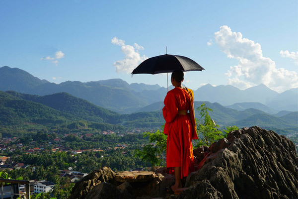 The monk in Mount Phousi
